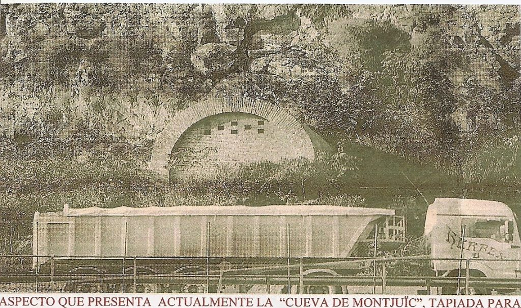 Cueva de Montjuïc tapiada